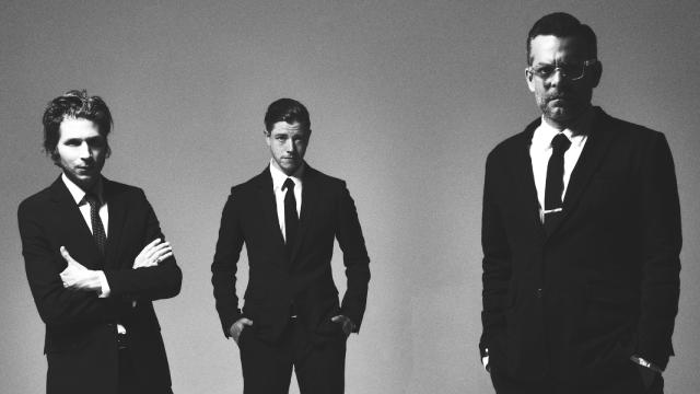 interpol-1497438523.37.2560x1440